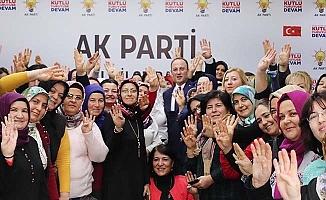 Örki'den kadın kollarına tam destek