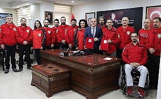 Pamukkale Belediyesi'nden AKUT'a büyük destek