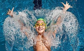 Denizli'de kapalı yüzme havuzları 100 binler kulübünde