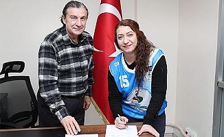 Pamukkale Belediyespor'a Milli Kaptan