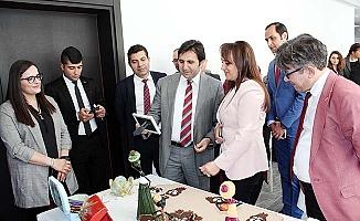 TRSM danışanlarının el emekleri sergilendi