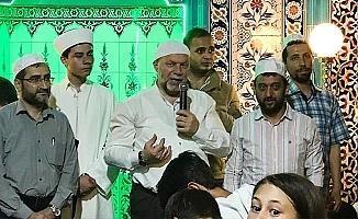 Müftü Aşık, Hilal Camii'de Çocuklarla İftar Yaptı