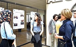 PAÜ Eğitim Fakültesi Öğrencilerinden Topluma Hizmet Sergisi