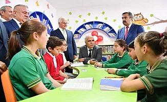 Vali Karahan Cankurtaran'da Z-Kütüphanenin açılışını yaptı, Tavas'ı ziyaret etti