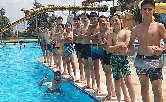 Çamlık, şampiyonluğu Aquapark'da kutladı