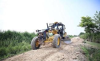 Pamukkale Belediyesi'nden çiftçilere yol desteği