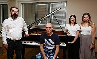 Dünyaca ünlü piyano uzmanı PAÜ'de