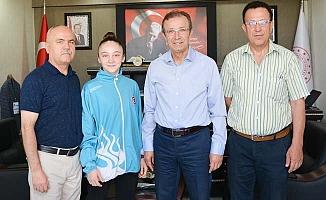 Milli Karatecinin hedefi Dünya Şampiyonluğu