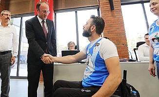 Şampiyonluk Kupası Başkan Örki'ye