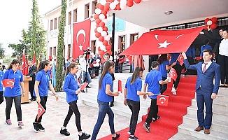Fevzi Tokat Ortaokulu törenle açıldı