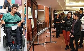Sergi yaşamını yitiren engelli personele ithaf edildi