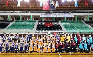Basketbolun şampiyonluk ipini TOBB Ortaokulu göğüsledi