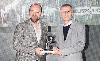 Denizlispor'a Yılın Takımı, İldiz'e Yılın Teknik Direktörü ödülü