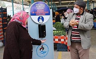 Pamukkale'de pazar yerlerine dezenfekte makineleri konuldu