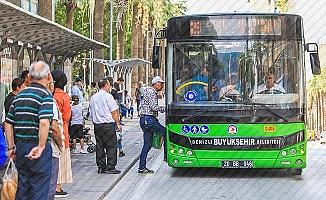 Büyükşehir'in sağlık çalışanlarına ulaşım desteği sürecek