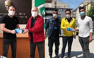 Denizli'de Amatörlere maske desteği