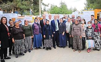 Zirai dondan zarar gören kekik üreticisine Pamukkale Belediyesi'nden destek