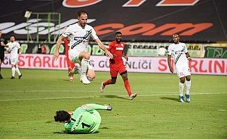 Horoz evinde tek golle boyun eğdi: 0-1
