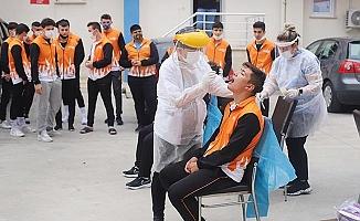 Güreşçiler Koronavirüs testinden geçti