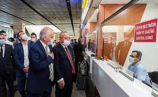 Vali Atik ve Başkan Zolan'dan otogarda Covid-19 denetimi