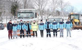 Merkezefendi'de karla mücadele ekiplerinden hummalı çalışma