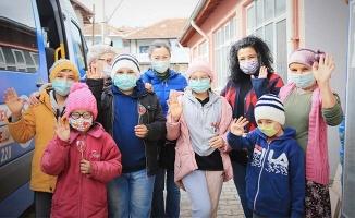 """Pamukkale Belediyesi """"Bir Çocuk Da Sen Isıt"""" dedi"""