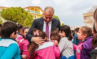 """Başkan Zolan: """"Çocuklar bizim aydınlık yarınlarımızsınız"""""""