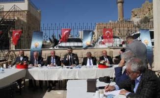 Mardin'de AK Partili 5 belediyeden toplu icraat raporu