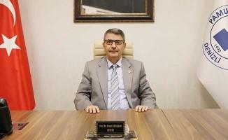 """Rektör Kutluhan: """"23 Nisan yeni bir devletin ilk adımıdır"""""""