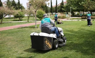 Merkezefendi'de park ve yeşil alanlarda bakım çalışması