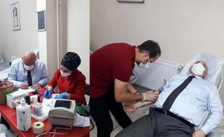 Başkan Şevik, Kızılay'a kan bağışında bulundu