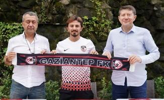 Recep Niyaz, Gaziantep FK ile sözleşme imzaladı