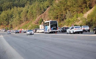 Tatil dönüşü trafik yoğunluğu arttı