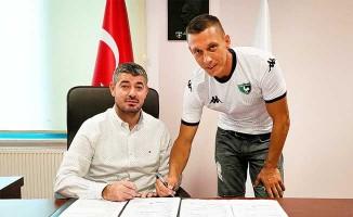 Denizlispor'da imzalar peş peşe