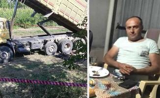 Kamyonun kapanan damperi altında kalan sürücü yaşamını yitirdi