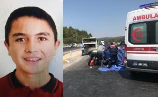 Tarladan dönerken minibüsün çarptığı 17 yaşındaki genç hayatını kaybetti