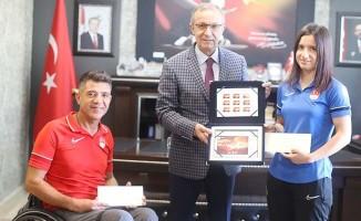 Bakan Kasapoğlu'dan paralimpikçilere  teşekkür mektubu