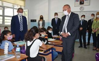 Denizli'de eğitim-öğretim haftası törenle kutlandı