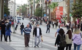 Denizli'de vatandaş artan korana vakalarından endişe duyuyor