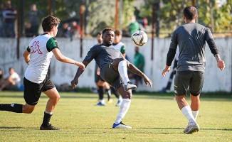 Denizlispor, U19 takımı ile antrenman maçı yaptı