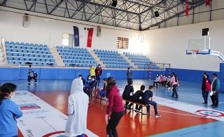 Tavas'ta 29 Ekim Cumhuriyet Turnuvaları ile öğrenciler sporla buluşuyor