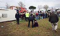 Öğrencileri taşıyan otobüs devrildi: 32 yaralı