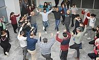 Sarayköy'de halk oyunları kursuna yoğun ilgi