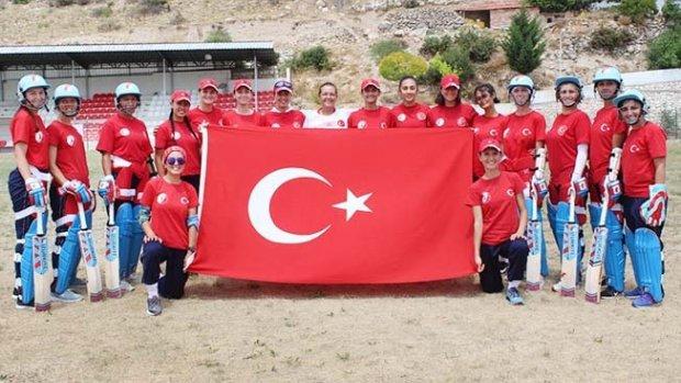 Kriket Milli Takımı, dünya şampiyonası elemelerine Denizli'de hazırlanıyor