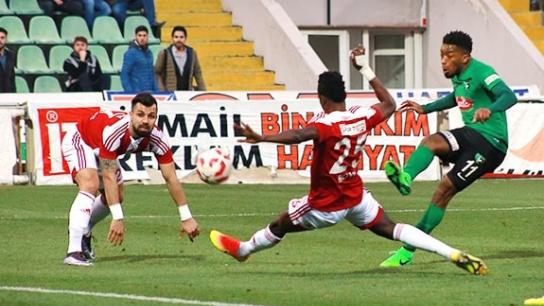 Denizli'deki gol düellosunu Yiğidolar kazandı: 2-3