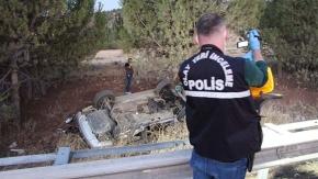 Kazada ağır yaralı kurtarılan sürücü hastane yolunda hayatını kaybetti